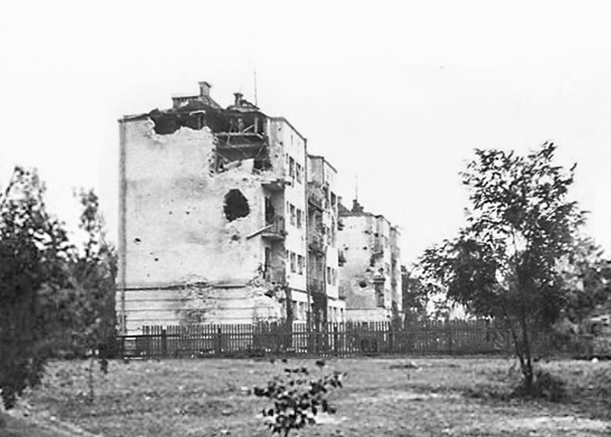 Дом на улице Героев Обороны Брестской Крепости