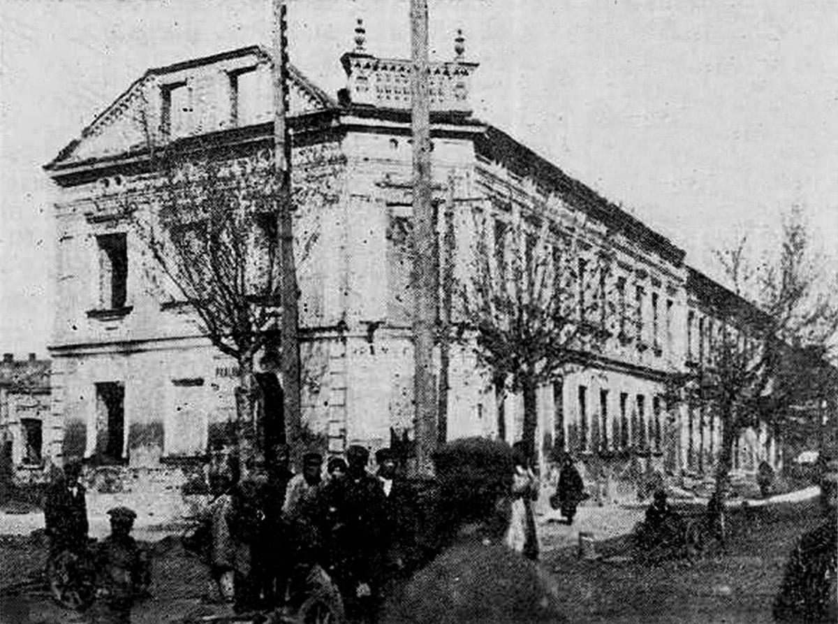 улица Домбровского